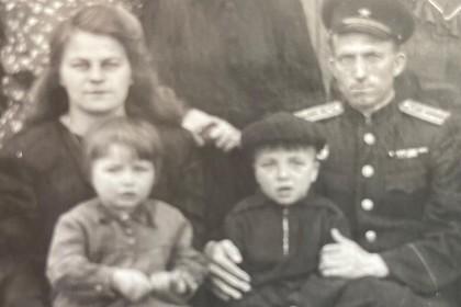 Милла Йовович рассказала о своих русских бабушке и дедушке-ветеранах