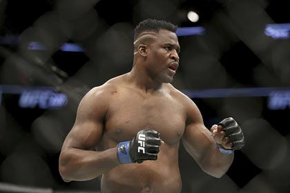 Хищник из UFC нокаутировал соперника за 20 секунд