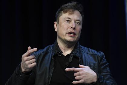 Илон Маск назвал американца идиотом на русском языке
