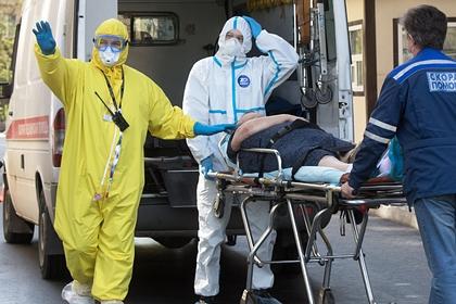 Россия поднялась на третье место в мире по числу заразившихся коронавирусом