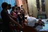 Первый случай заражения в Бразилии выявили в конце февраля в финансовом центре страны, городе Сан-Паулу — одном из самых густонаселенных в мире. К 19 мая Минздрав насчитал уже около 260 тысяч заболевших и более 17 тысяч умерших. А 14 мая был установлен рекорд по приросту инфицированных: 13 944 случая за сутки. Вылечились уже 100 тысяч пациентов. <br></br> Сейчас Бразилия по числу заразившихся находится на втором месте после США в Западном полушарии и на третьем в мире. Пока ее обгоняет также Россия, которая вскоре, вероятно, также останется позади. При этом самые пострадавшие европейские страны — Великобританию, Испанию и Италию — Бразилия «обошла» буквально за неделю.