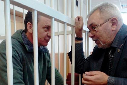 Бывшего российского мэра осудили за взятки и хранение наркотиков