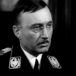 Николай Прокопович в роли Генриха Гиммлера