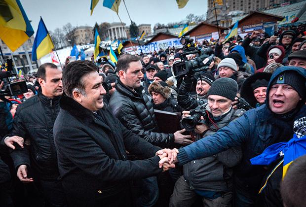 7 декабря 2013 года. Саакашвили на Евромайдане