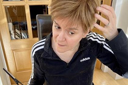 Министр подстригла себя в домашних условиях и поделилась результатом