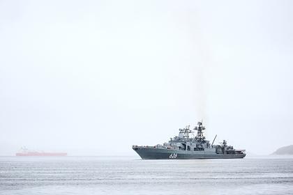 БПК «Вице-адмирал Кулаков» во время встречи отряда боевых кораблей и судов обеспечения Северного флота