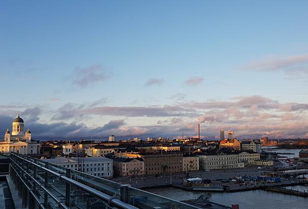 Вид на город с террасы ресторана Palace
