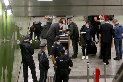 Россиянин рассказал о жестких правилах на авиарейсе в Европе во время пандемии