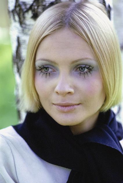Галина Миловская на съемке для журнала Vogue, 1969 год