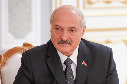 Лукашенко предрек месяц «барахтанья» с коронавирусом