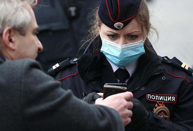Из-за коронавируса в России стало больше жертв травли в интернете. Как с этим бороться?