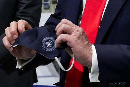 Трамп поделился впечатлениями от ношения маски