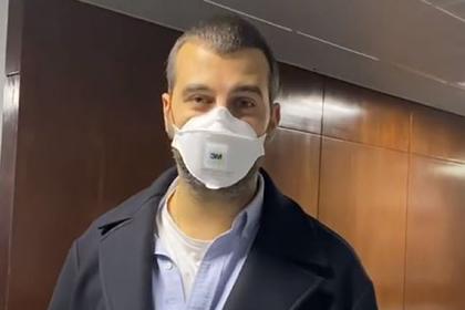 Ургант пристыдил Собчак за отсутствие маски