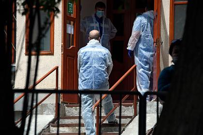 Стало известно о жизни лечащих коронавирус врачей в роскошных отелях Москвы