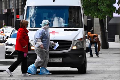 Россиянам назвали поводы для вызова скорой при коронавирусе