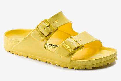 Предсказано возвращение в моду «уродливых» сандалий