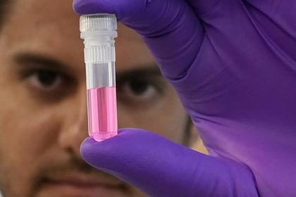 В США на людях массово испытают вакцины от коронавируса