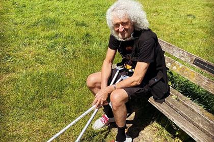Гитарист Queen рассказал о последствиях от «разорванной в клочья» ягодицы