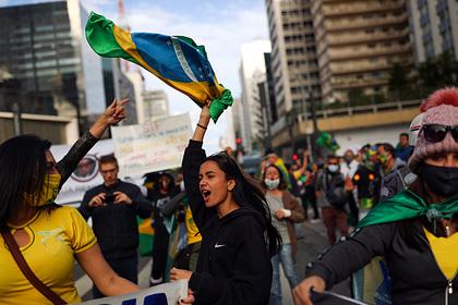 Бразилии предрекли гражданскую войну