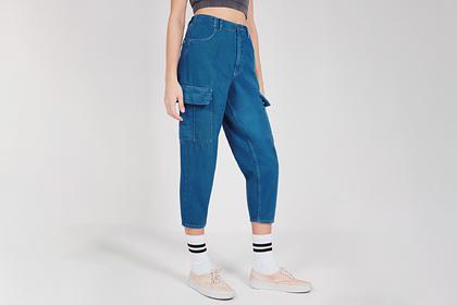 Популярные в нулевых годах джинсы вновь стали модным трендом