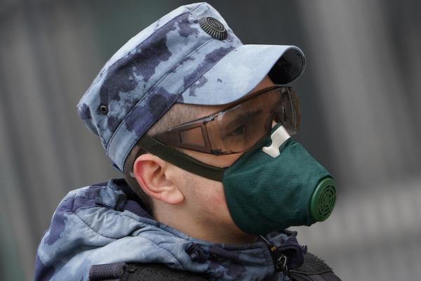 Китай обеспечил российскую армию масками