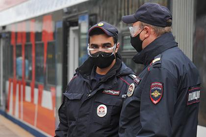 Россиянам назвали сроки обязательного соблюдения масочного режима