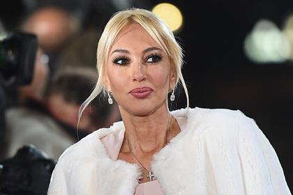 Кудрявцева объяснила недоверие к врачам разорвавшимся грудным имплантом