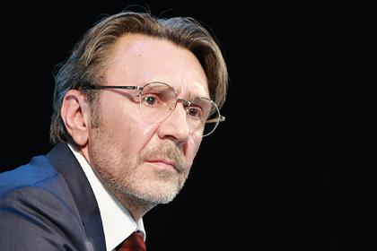Шнуров раскритиковал меры поддержки российского бизнеса