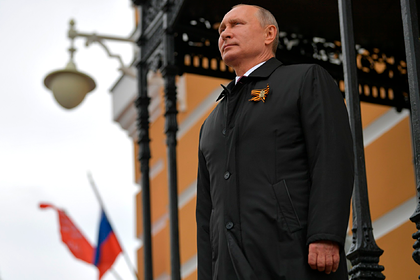 Путин объявил новую дату парада Победы