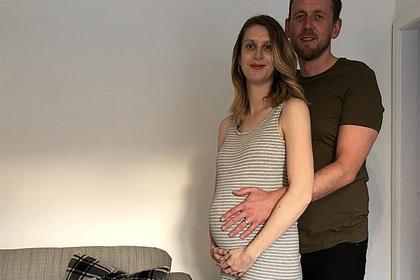 Страдавшая от бесплодия женщина забеременела тройней в самоизоляции