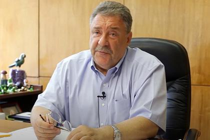 Главврач больницы в Петербурге рассказал о массовом увольнении медиков