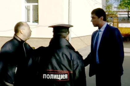 Чиновник унизил россиянина за требование соблюдать самоизоляцию и попал на видео