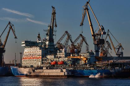 В Петербурге заложили еще один атомный ледокол