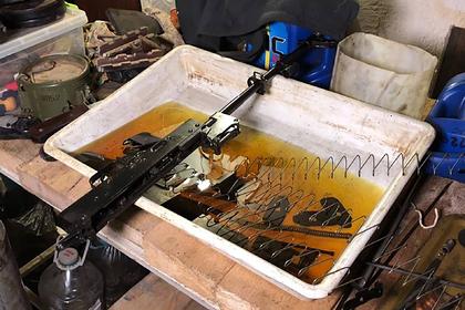 ФСБ нашла у подпольных оружейников новейшие автоматы Калашникова