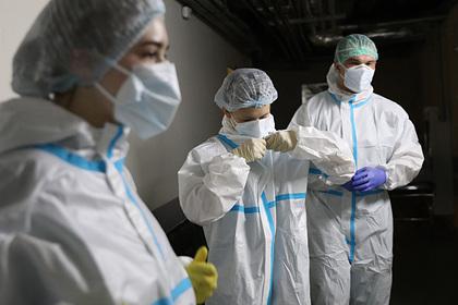 Путин поручил направить врачей из Москвы в регионы для борьбы с COVID-19