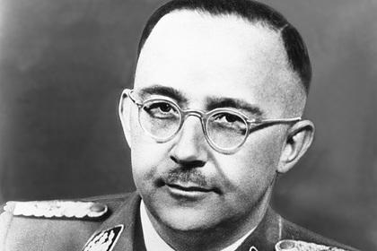 Календарь с Гитлером, Гиммлером и доктором Менгеле вызвал международный скандал