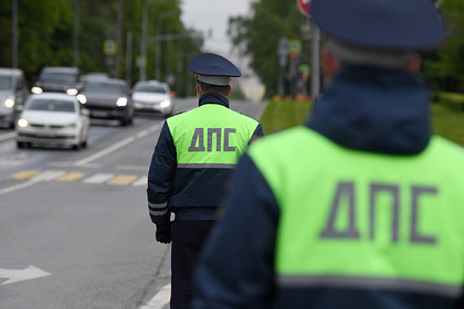 Оперативники ФСБ задержали группировку гаишников за взятки на трассах