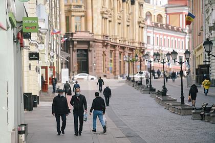 Москвичам объяснили правила прогулок по графику