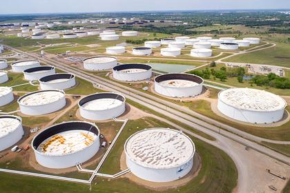 США опустили цены на нефть