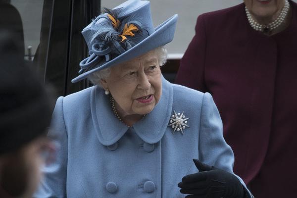 Раскрыто имя политика-любимчика Елизаветы II