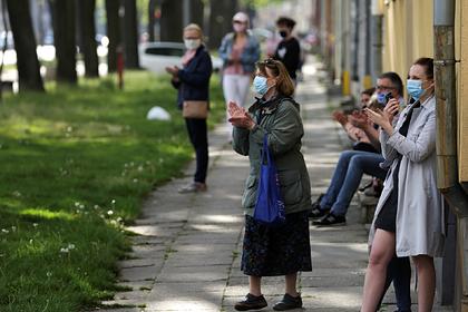 Польша позавидовала восстанавливающимся после пандемии коронавируса странам