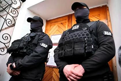 Картины Порошенко арестовали