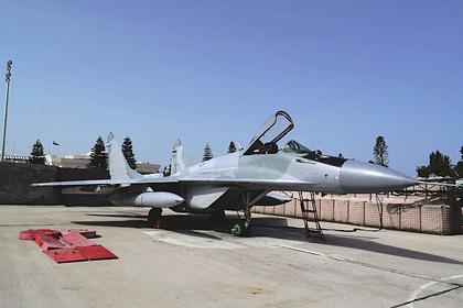 Замазанные «российские» МиГ-29 до отправки в Ливию показали крупным планом
