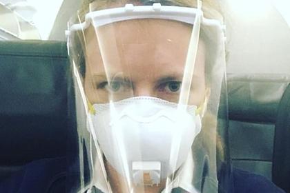 Стюардесса обвинила авиакомпанию в разжигании второй волны коронавируса
