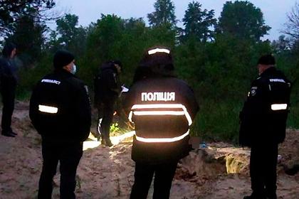 На Украине ради погашения кредитов утопили рыбака