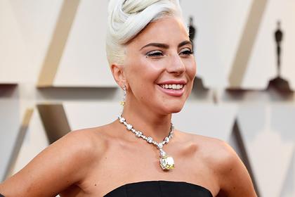 Леди Гага вспомнила о конфузе у дешевого кафе из-за колье за миллионы долларов