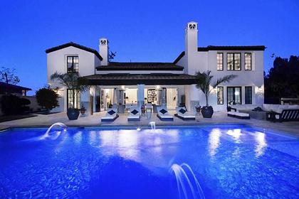 В США выставили на продажу первый дом самой молодой миллиардерши в мире
