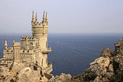 В Крыму объяснили план открытия курортного сезона