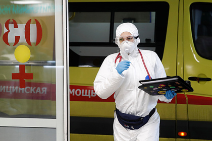 В России перечислили самые частые осложнения от коронавируса