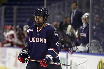 Играющий в США российский хоккеист рассказал о «лютых пьянках» в барах